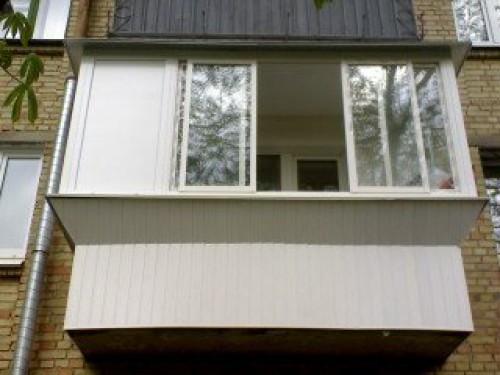 Отделка балкона и выбор материалов.